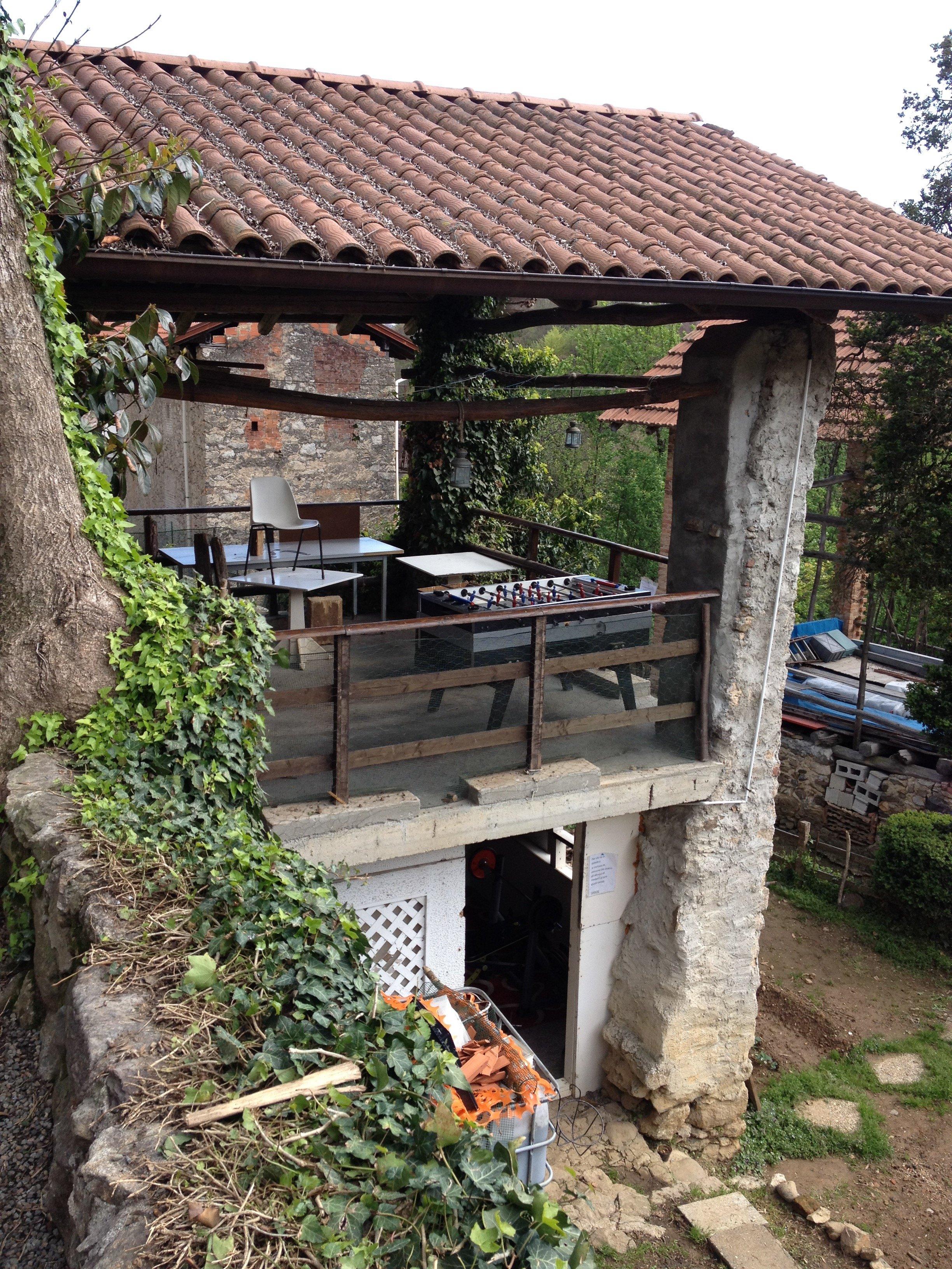 Terrazzo Comunità Terapeutica Caprile
